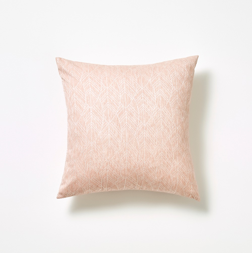 SOFT LEAF CUSHION