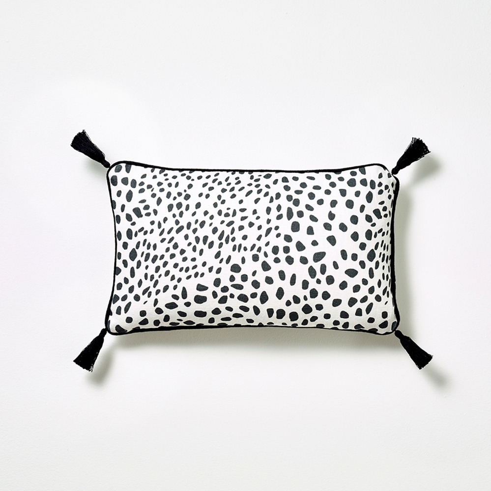 MERCI DOT CUSHION